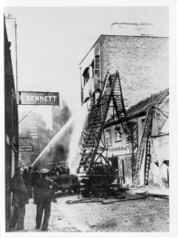 Turntable Ladder Collapsed, Fairfax Street, 1935. Text and photo from Mr Jasper